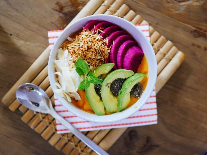 5 Ways to Eat Healthy and Get Super Lean at the Same Time by Robert Hudson