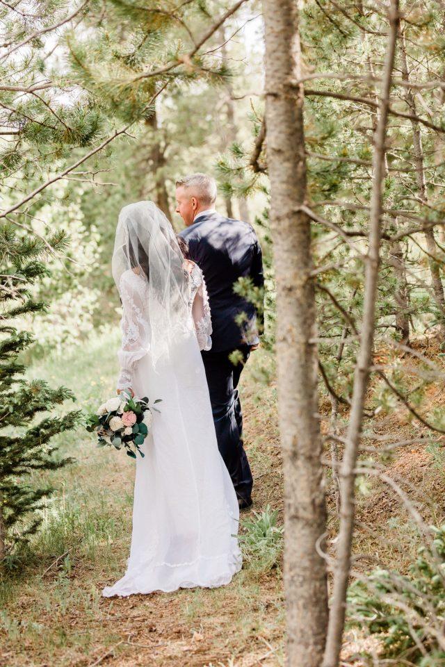 Our Perfect Mountain Wedding -- via www.katelynnansari.com #wedding #mountainwedding #perfectwedding #dreamwedding #weddinginspo