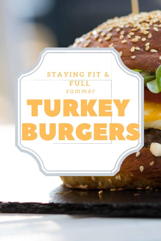 Staying Fit & Full: Warm Summer Day Turkey Burger Recipe  via www.katelynnansari.com  #healthyrecipe #turkeyburger #turkeyburgers #familymeal #easyfamilymeal #easyfamilyrecipe