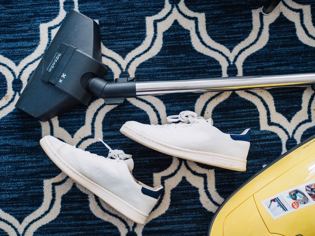The Traveler's Guide To Surviving A Bad Hotel